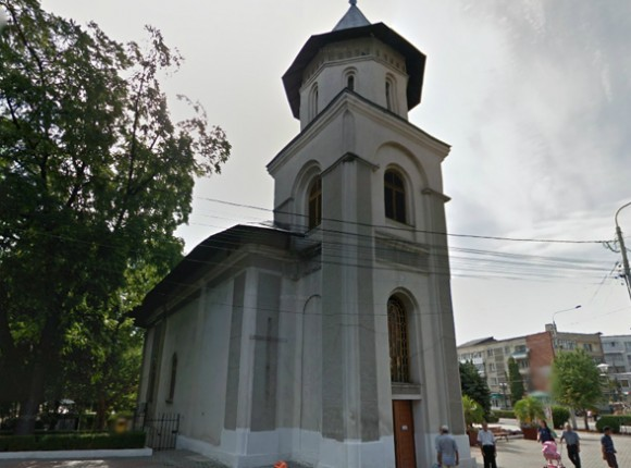 Lucrari de consolidare si impermeabilizare teren prin injectari la Biserica Adormirea Maicii Domnului din Barlad, Vaslui